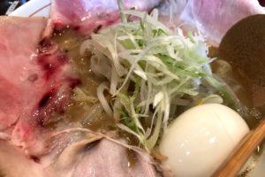 """出雲市のラーメン""""三代目 麺と人"""""""